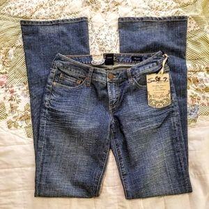 NWT Seven 7 Blue Label Premium Flare Jeans Size 27